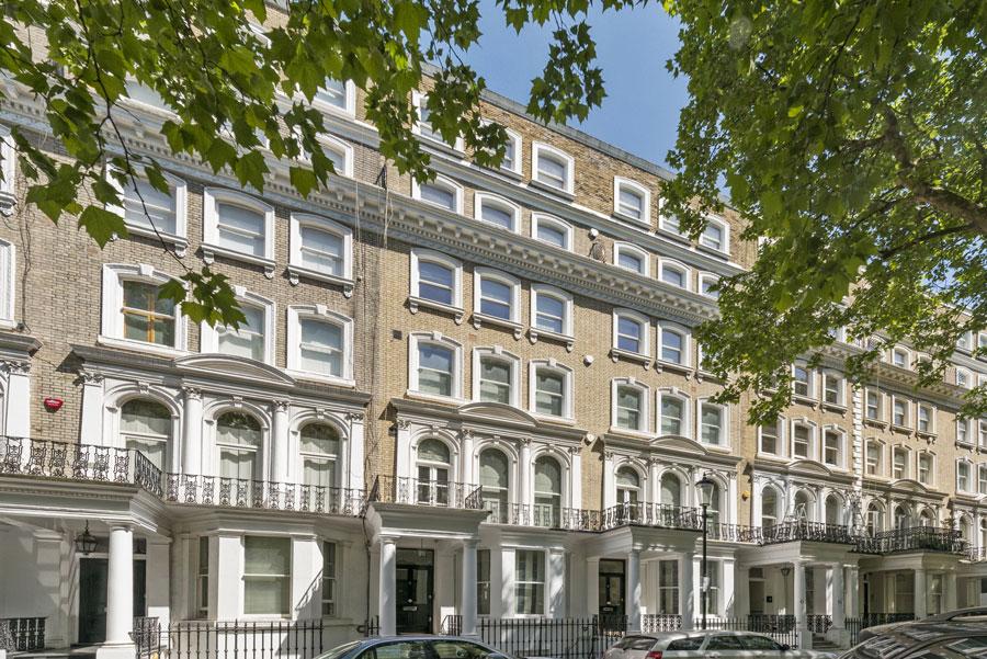 Property search in Knightsbridge